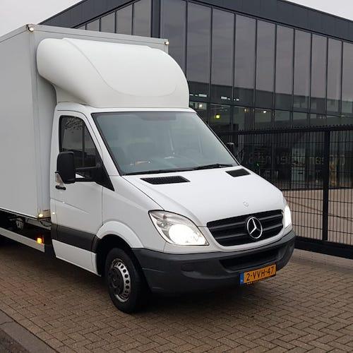 Vrachtwagen voor bedrijfsontruiming